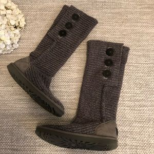 UGG Grey Knit Cardy 3 Button Boots Size 8